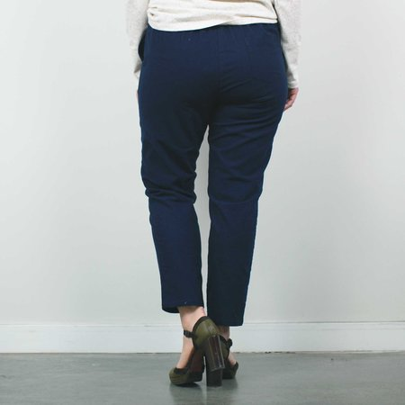 Atelier b. Slim Fit Trouser - Navy