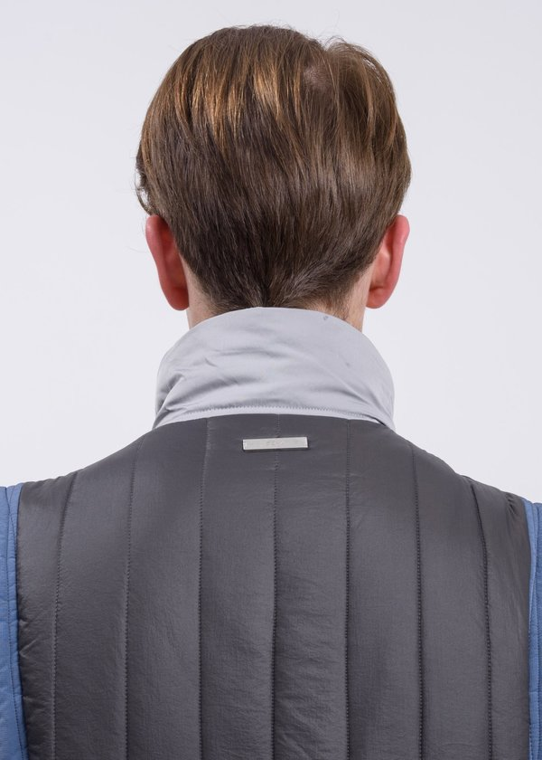 C2H4 Memory Supervisor Panelled Quilted Gilet Vest - gray/blue