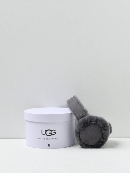 UGG SHEEPSKIN BLUETOOTH EARMUFF - CHARCOAL