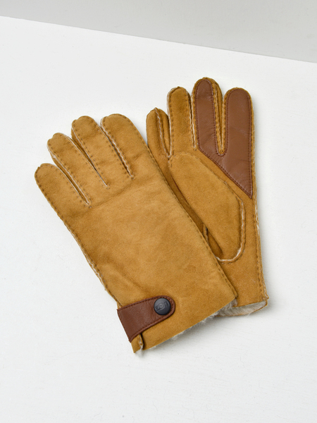 UGG SHEEPSKIN SIDE TAB TECH GLOVE - CHESTNUT