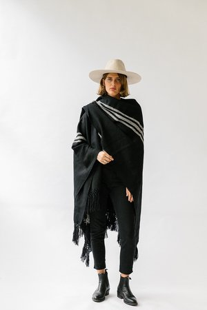 Pampa poncho - White/black