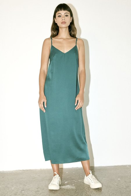 Milk & Thistle Tencel Slip - Emerald