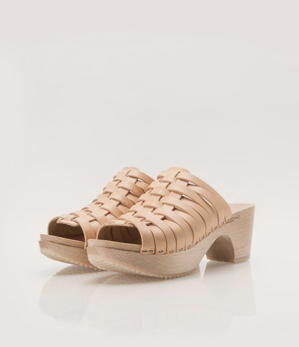 ZUZII FOOTWEAR Woven Clogs - Natural