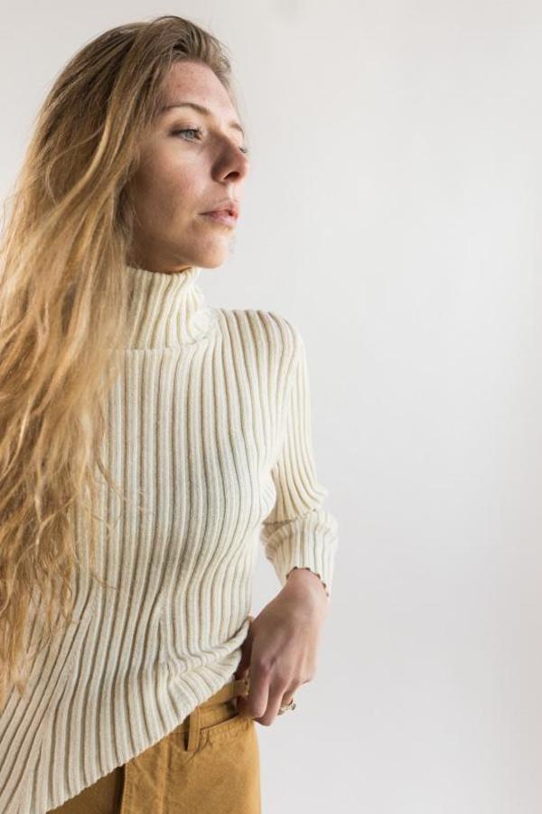 Shaina Mote Isla Turtleneck - crema