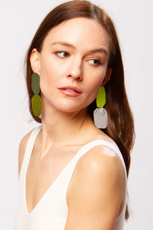 JULIE THÉVENOT Acantha earrings - absinthe
