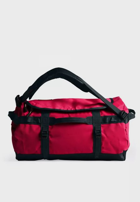 THE NORTH FACE Small Base Camp Duffel - red