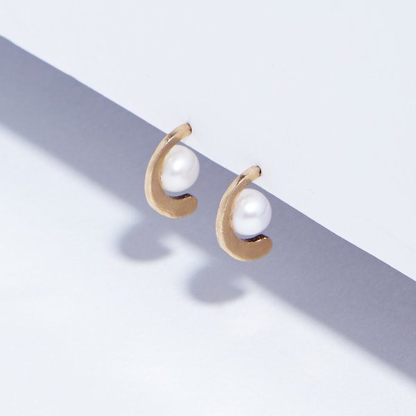 Metalepsis Projects Renata Studs