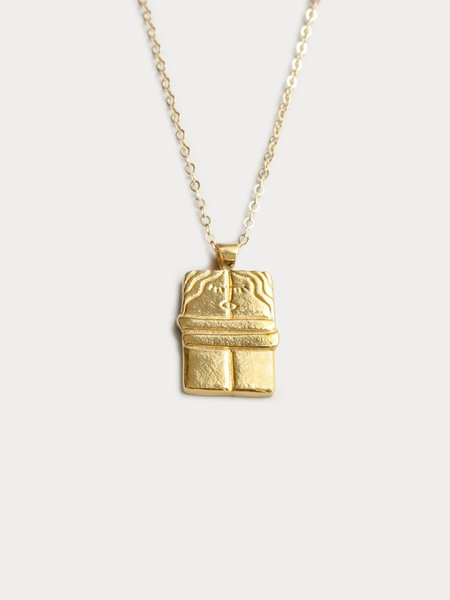 Wolf Circus The Kiss Pendant - Gold