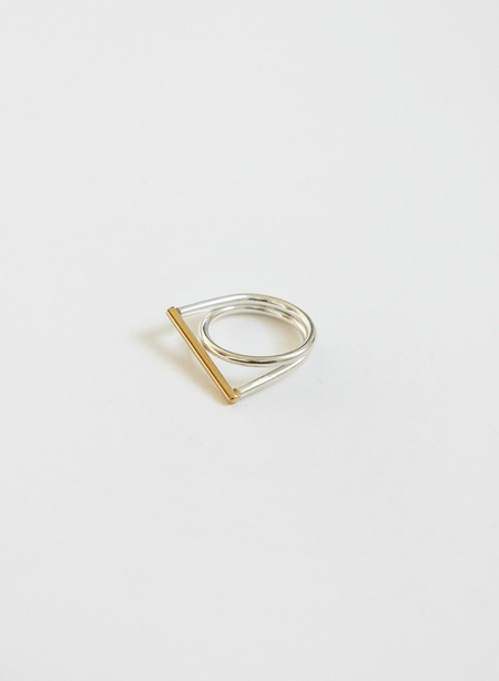 Knuckle Kiss Filament Ring - Silver/Brass