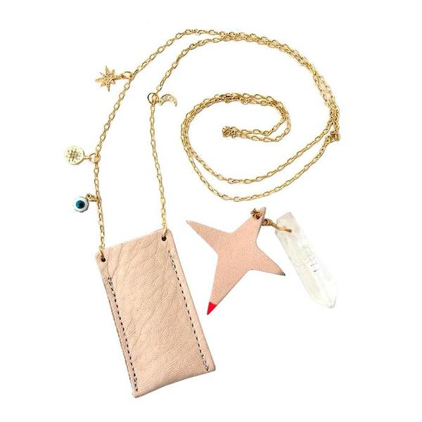 Kids Atsuyo Et Akiko Amulet Crystal Necklace - Natural Leather Pink