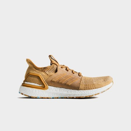 Adidas x Universal Works Ultraboost 19 Sneakers - Sand/White