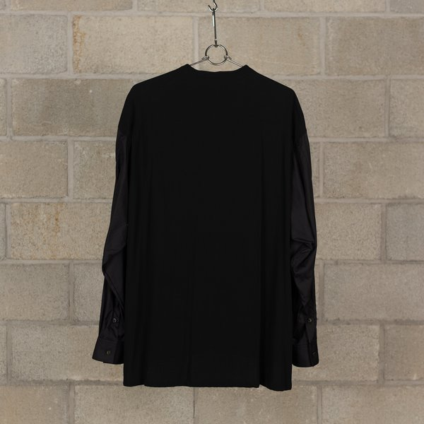 The Viridi-Anne Long Twisted Shirt - Black