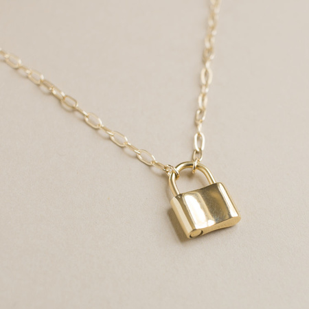 "Merewif Holmes 18"" Padlock Necklace - Gold"