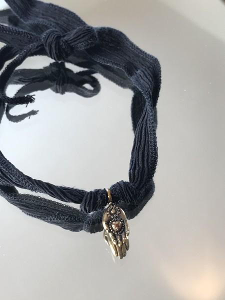 Catherine Michiels Mini Hand Charm - bronze/garnet