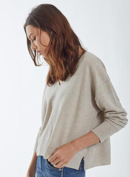 Autumn Cashmere Relaxed V-Neck Sweater - Chalk