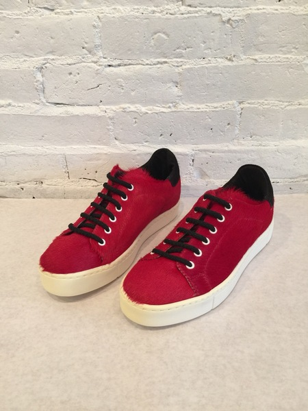 Collection PRIVEE Pony Hair Sneaker - Red