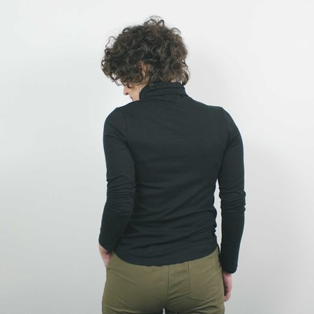 Atelier b. Jersey Turtleneck - Black