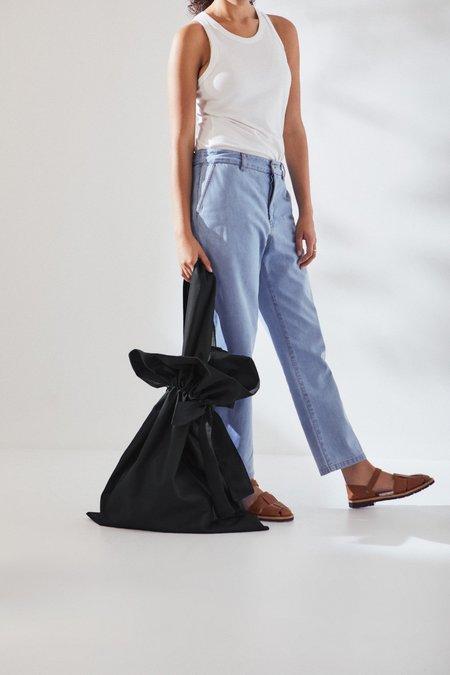 Kowtow Large Scrunch Bag - Black