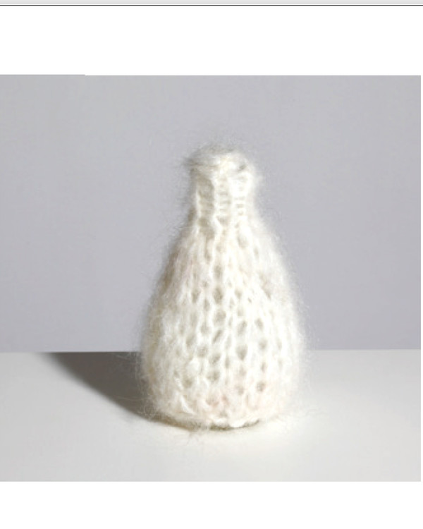 Maiami home Knitted Mohair Vase - Cream
