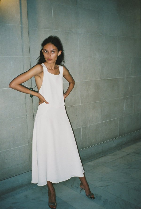 Kamperett Violetta Dress
