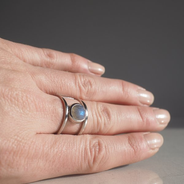 Angela Monaco Double Band Ring with Labradorite - silver