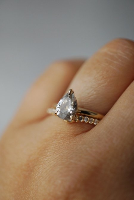 Foe and dear Only One Ring - 1.15ct Pear White Sapphire