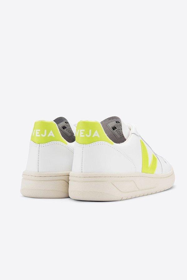 VEJA V10 Leather Sneakers - Extra White Juane-Fluo