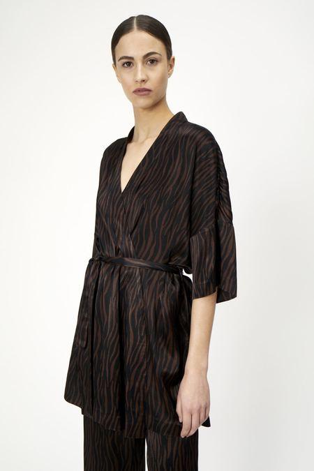 Just Female Katrina Kimono - Zebra Aop