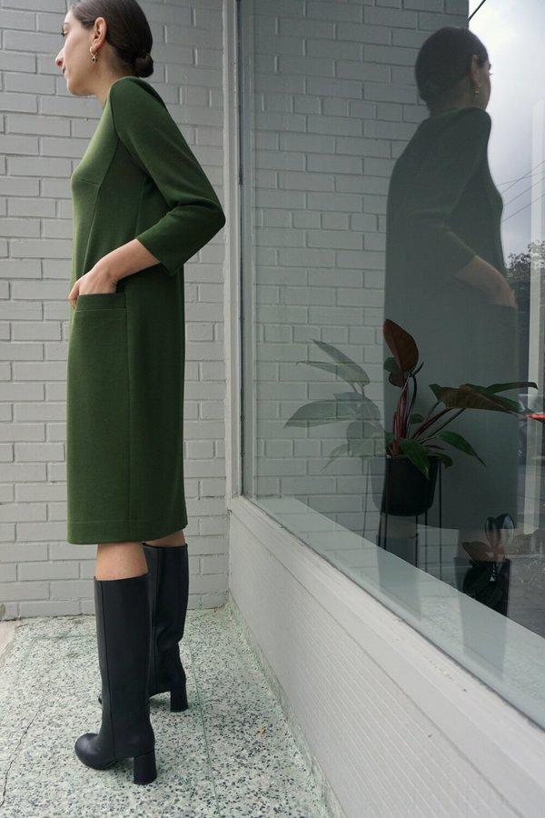 EWANIKA ANNIKA DRESS - AVOCADO GREEN