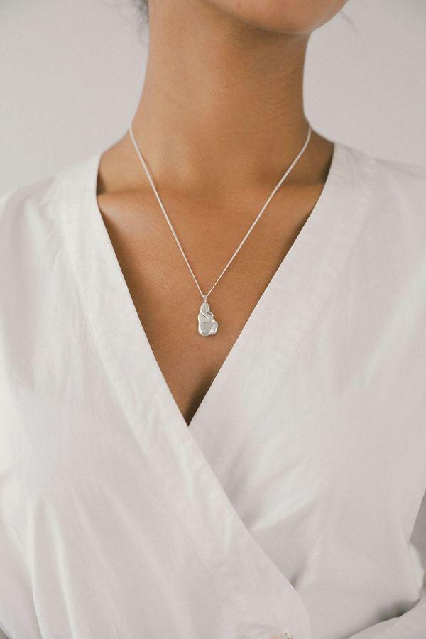 Wolf Circus Iris Pendant Necklace - Silver