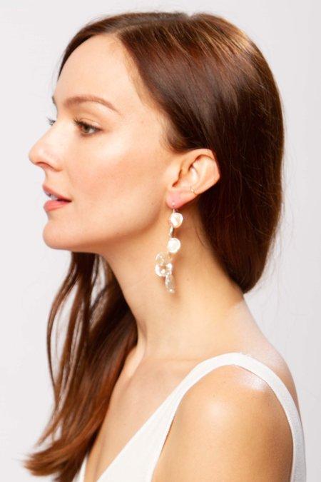 Alajas Ubas pearl earrings - peach