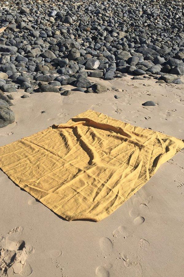 Hakea Linen Beach Blanket - Dusty Pink