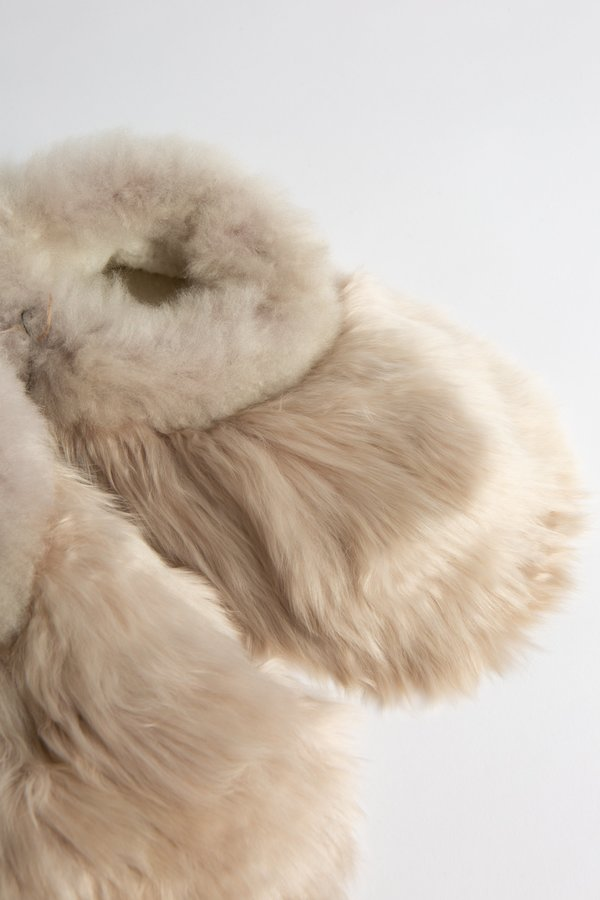 WOLF & GYPSY VINTAGE Alpaca Slippers