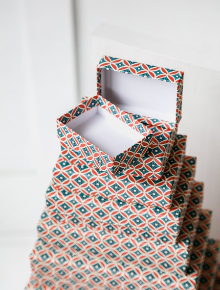 Carta Pura Set of Boxes Carta Varese - Red/Blue