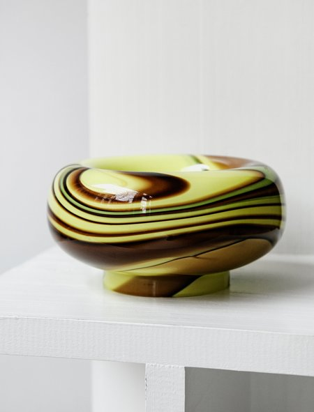 Found by Neighbour Swirl Large Glass Bowl - Lemon/Cocoa