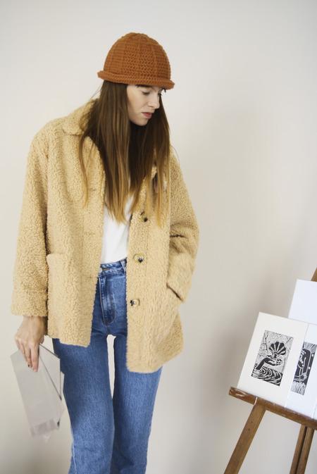 SEOUL COLLECTIVE Teddy Jacket - beige