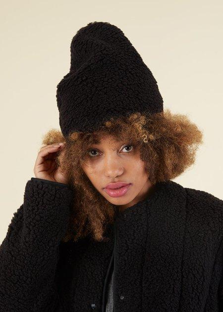 Uqnatu Sherpa Toque Hat