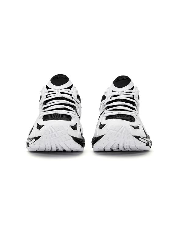Vetements Spike Runner 200 Sneakers - Black/White