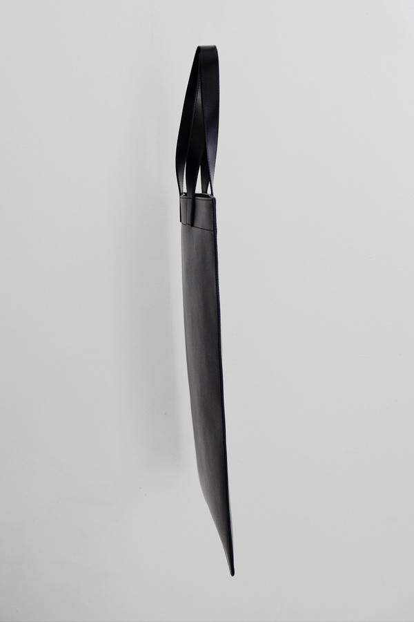 Comme des Garçons Leather Tall Tote - black