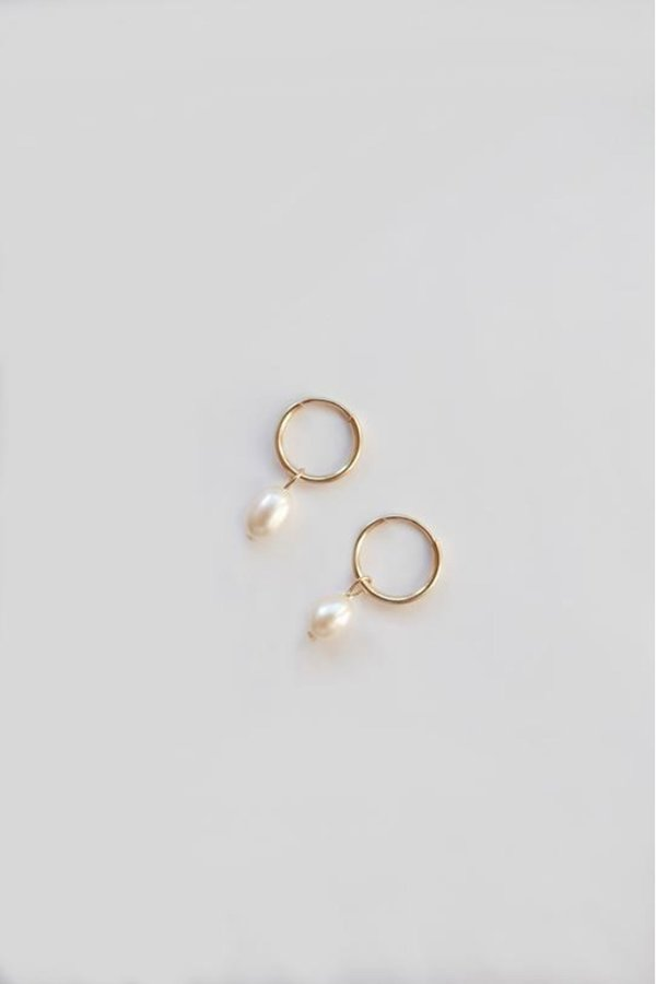 AA Studio Tiny Drop Pearl Hoops - Gold/Pearl