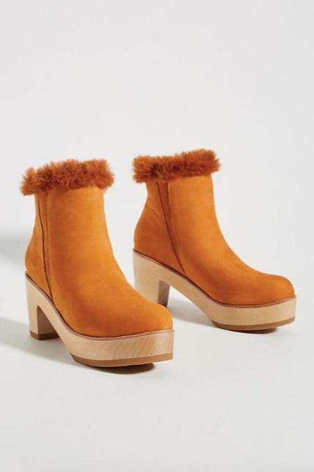 AoverA Parker Alpine Clog Boot - Tan