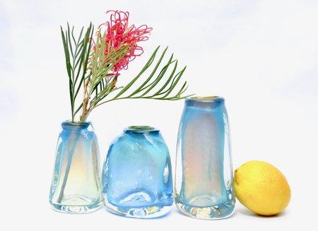 Bale Fire Glass Medium Short Suspension Vase - Miracle Blue