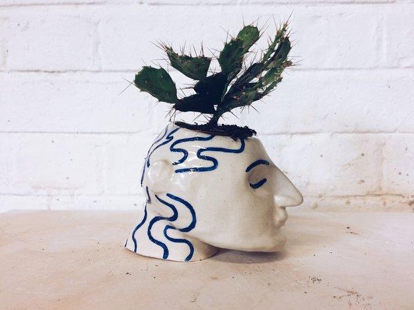 Sophie Alda Head Planter - Cream/Blue