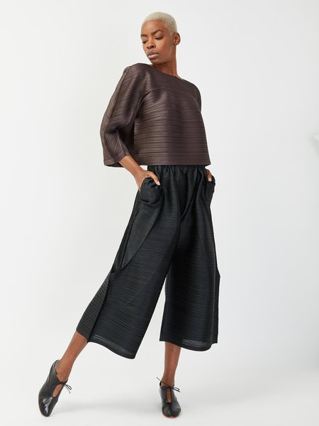 Issey Miyake Tucked Bounce Top - Charcoal
