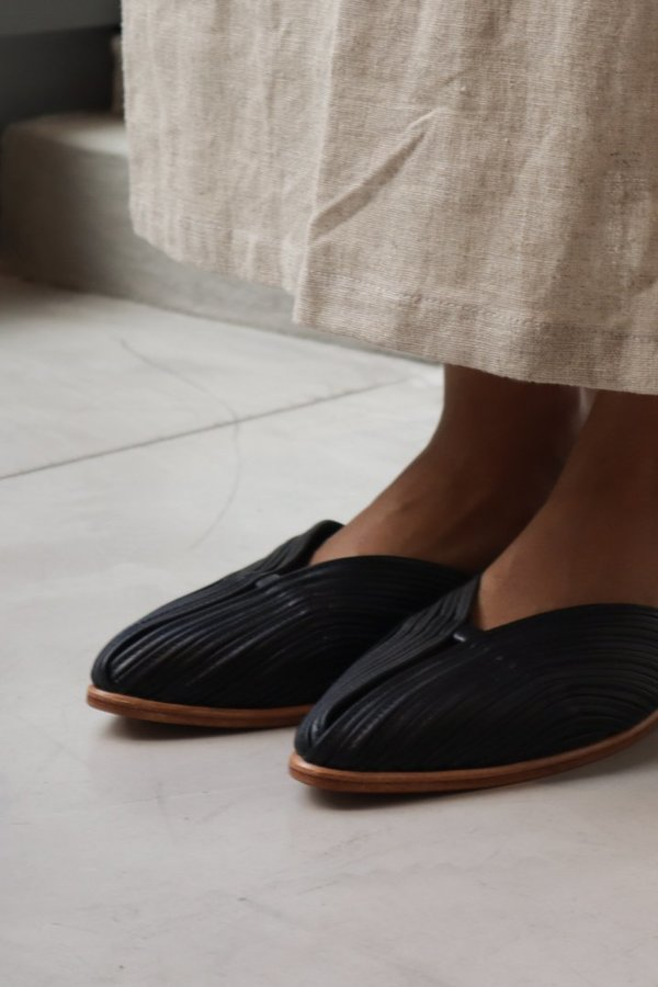 at Dawn. Leather Slides