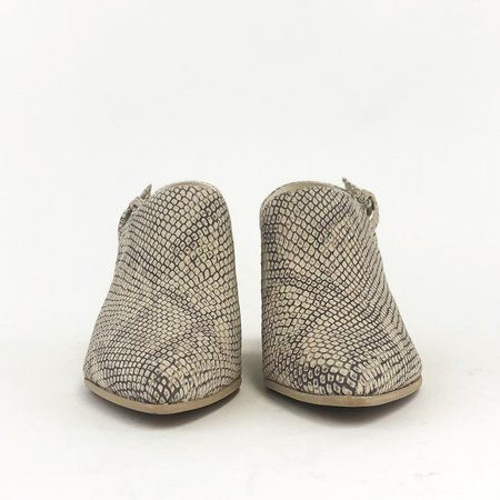 Dolce Vita Laney slingback heel