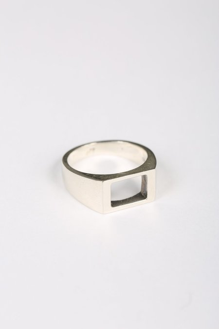 Youthful Peoples Stoneless Signet Ring - Silver