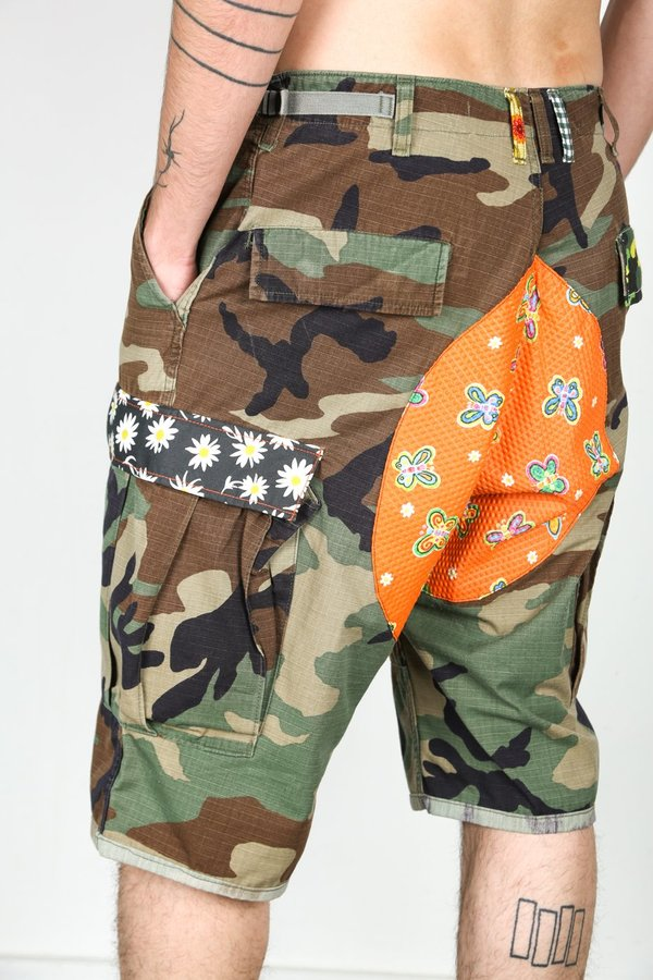 Atelier and Repairs CAMO SHORT ON LSD