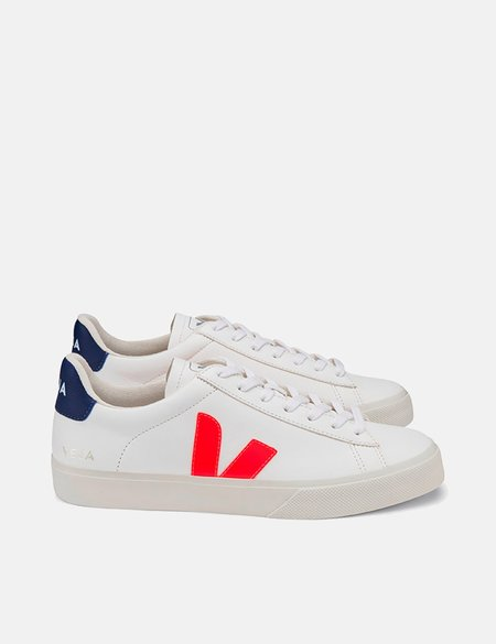 Veja Campo Chrome Free Leather Trainers - White