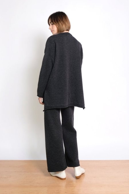MICAELA GREG HI LO SWEATER - SPECKLE BLACK